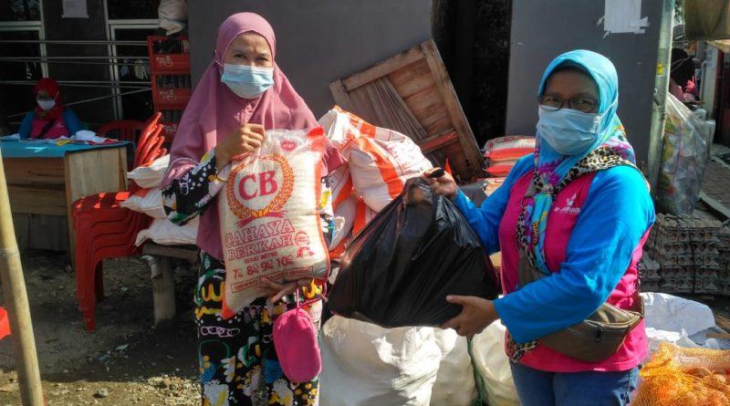 Agen Evi Rahayu Kembali Beraksi Salurkan BPNT Di Wilayah Bubulak